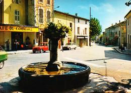 Saint Saturnin Les Avignon - La Place Du Village - Otros Municipios