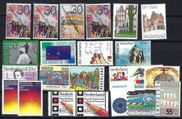 Niederlande Lot Aus Den Jahren 1975-1977, Postfrisch Mnh ** - Collections