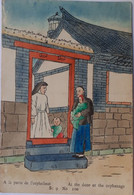 A La Porte De L'orphelinat - At The Door Of The Orphanage - Catholic Mission Presse, Chefoo, China - China