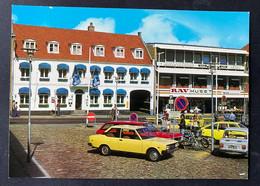 Varde Centralhostellet/ Old Cars - Denmark
