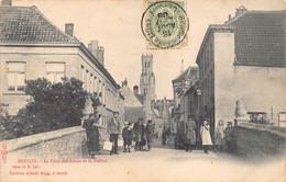 Brugge Bruges Le Pont Des Lions Et Le Beffroi  Leeuwenbrug Met Enkele Kinderen En Belfort Anno 1908  M 7070 - Brugge
