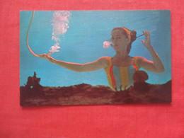 Mermaid Secret  Aqua Ballerina  Frances  Dwight  Enjoys A Cigarette Under Water Miami Fl  Ref 4675 - Pin-Ups