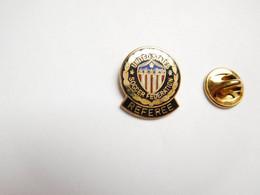 Beau Pin's En EGF , Football US , Bowl , Soccer Fédération , Referee - Voetbal