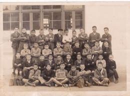 Photo Originale : Scolaire : Classe De Garçons CM1 D : Boy - Junge : Guelma  - Algérie : 18cm X 13cm - Anonyme Personen