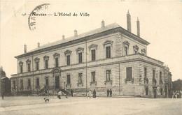 NEVERS L'HOTEL DE VILLE - Nevers