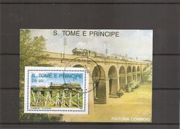 Trains ( Bf 211 Oblitéré De Saint-Thomas Et Prince) - Treinen