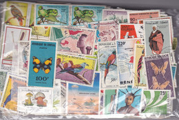 TIMBRES  , AFRIQUE , Après Indépendance , 100 Grs Décollés, GF Et PF , Oblitérés Et Neufs - Lots & Kiloware (mixtures) - Min. 1000 Stamps