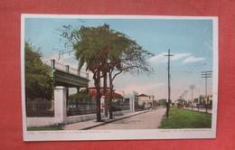 Street In Vevado Suburb Of  Havana Cuba Ref 4678 - Cuba