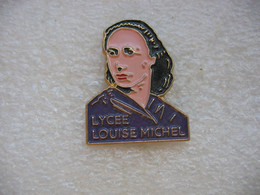 Pin's Du Lycée Louise Michel - Administrations