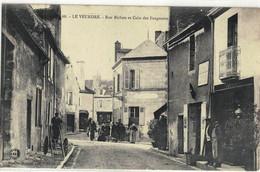 CPA  LE VEUDRE  Rue Bichon Et Coin Des Feugnants  N° 68 - Other Municipalities