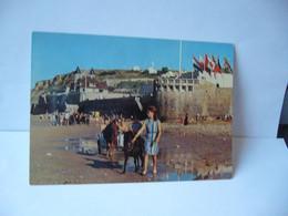 X 10 ARROMANCHES 14 CALVADOS PORT WINSTON LA PLAGE ET LE MUSEE DU DEBARQUEMENT DU 5 JUIN 1944 CPM EDITIONS NORMANDES - Arromanches