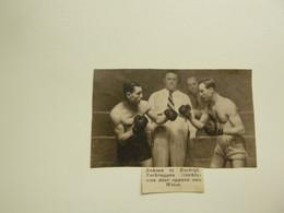 """Origineel Knipsel ( B 183 ) Uit Tijdschrift """" Zondagsvriend """" 1937 : Boxe  Boks  Boksen  Kortrijk - Sin Clasificación"""