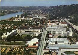 CPSM Grand Format VIENNE SUR LE RHONE  Vue Generale Aérienne Et Vallée Du Rhone 1er Plan Quartiers Sud De La Ville   RV - Unclassified