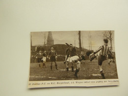 "Origineel Knipsel ( B 196 ) Uit Tijdschrift "" Zondagsvriend "" 1937 : Voetbal  St. Rochus ( Deurne )  -  R.C. Borgerhout - Sin Clasificación"