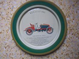 Assiette En Fer Avec Pour Motif La Renault 1902 - Coches