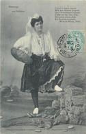 CPA 85 Vendée - Les Sables D'Olonne - Hommage Aux Sablaises Costumes Folklore - Sables D'Olonne