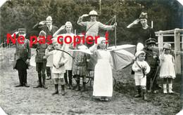 PHOTO - SIMONE STERN JOUANT A LA GUERRE AVEC SES AMIS POUR SES 10 ANS OISE  - GUERRE 1914 1918 - 1914-18