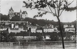 ROCHETAILLEE - Le Village Et Le Château - Avec Train - Other Municipalities