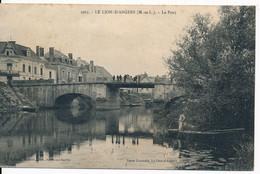 CPA 49 LE LION D'ANGERS Le Pont Avec Pêcheur - Altri Comuni