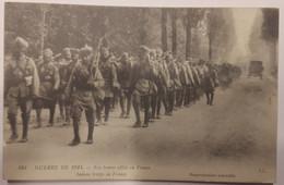 Carte Postale Guerre De 1914 Nos Braves Alliés En France Indian Troops - Guerra 1914-18
