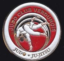 69815- Pin's.Judo Club Verdunois. Verdun. Meuse. - Judo