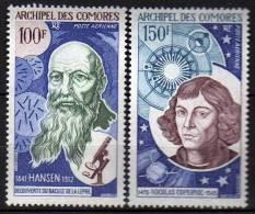 Comores P.A. N° 55 / 56  XX  Hansen Et Nicolas Copernic, Les 2 Valeurs Sans Charnière, TB - Unused Stamps