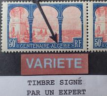 """R1491/57 - 1930 - CENTENAIRE ALGERIE - N°263b Tenant à 263 NEUFS** - SUPERBE VARIETE ➤➤➤ """" ALCERIE """" Signé CALVES Expert - Variétés: 1921-30 Neufs"""