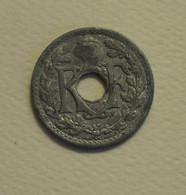 1941 - France - 10 CENTIMES, Etat Français, Zinc, Sans Point, Cmes Non Souligné, KM 895, Gad 288a - D. 10 Centimes