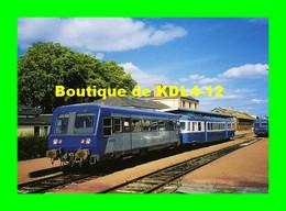 ACACF 085 - Autorail A2E Soulé Et X 2882 En Gare - CARHAIX - Finistère - RB - Carhaix-Plouguer