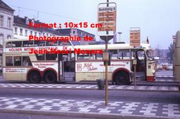 ReproductionPhotographie D'un Bus Bussing à étage Avec Publicité Mobel Pricken à Un Arrêt à Krefeld En Allemagne 1973 - Reproductions