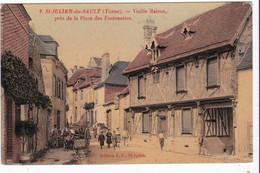 Saint Julien Du Sault, Vieille Maison Près De La Place Des Fontenettes - Saint Julien Du Sault