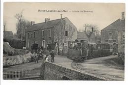 SAINT LAURENT SUR MER - Arrivée Du Tramway - Andere Gemeenten
