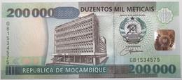 Mozambique - 200000 Meticais - 2003 - PICK 141 - NEUF - Mozambique