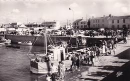 """ILE NOIRMOUTIER """" Le Port De L'herbaudiere Retour De Peche Animée """"     N°9794 - Ile De Noirmoutier"""