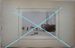 Photo Pêche Visser Pêcheur Boot Vers 1900 Bateau Schip Kust Visserij Vis Oostende ? Zeebrugge ? - Bateaux