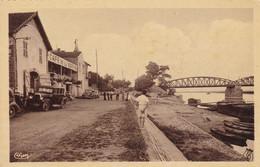 Cpa Dept 71 - Port De  Fleurville - Café De La Marine (voir Scan Recto-verso) - Otros Municipios