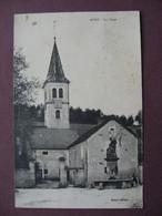 CPA  21 AVOT La Place Fontaine Et Clocher 1930 Canton IS SUR TILLE Au Dos TIMBRE CONTRE TUBERCULOSE - Otros Municipios