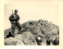 GUERRE D'ALGERIE TAZEROUT 1955 PHOTO ORIGINALE 11 X 8 CM - Krieg, Militär