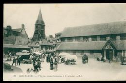 CPA - HONFLEUR - L'église Saint Catherine Et Le Marché - Animée - Non Circulée - Honfleur