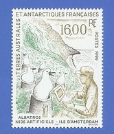 TAAF 243 NEUF ** NIDS ARTIFICIELS POUR ALBATROS - Neufs