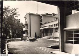 D31  TOULOUSE  Clinique Pasteur Vue Depuis Le Porche D'Entrée - Toulouse