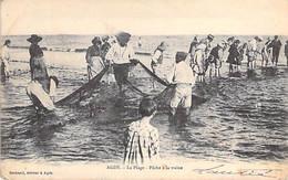PECHE En MER - 34 - AGDE : Pêche à La Traîne à La Plage - CPA - Hérault - Visvangst