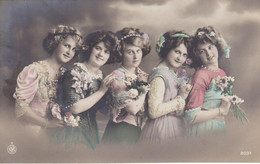 Portrait Of 5 Young Girls, 5 Jeunes Filles (pk77703) - Retratos