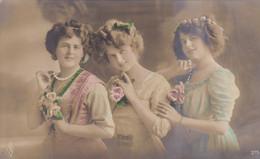 Portrait Of 3 Young Girls, 3 Jeunes Filles (pk77707) - Retratos