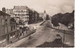 57 - THIONVILLE - PLACE HELLOT - ACTUELLEMENT PLACE DU LUXEMBOURG - VUE PEU COURANTE - Thionville