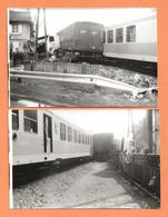 2 PHOTOS ORIGINALES - ACCIDENT SPECTACULAIRE CAMION SEMI REMORQUE CONTRE TRAIN - CRASH TRUCK TRAIN - Auto's