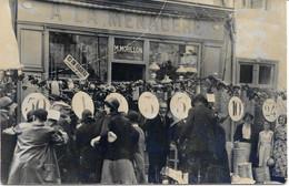 CPA - France - (85) Vendée - La Roche-Sur-Yon - Carte Photo - Braderie Magasin La Ménagère (17 Juillet 1932) - La Roche Sur Yon