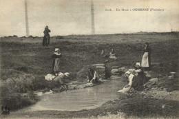 Un Doué à OUESSANT (Finistère) Laveuses Au Travail  RV - Ouessant