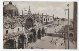 (RECTO / VERSO) VENEZIA - BASILICA DI S. MARCO - BEAU TIMBRE ET CACHET - CPA - Venezia