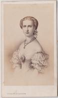 CDV Albuminé  Circa 1865 Portrait De La Princesse De Galles Wales Alexandra De Danemark TBE  RARE  Ph Charlet Et Jacotin - Alte (vor 1900)
